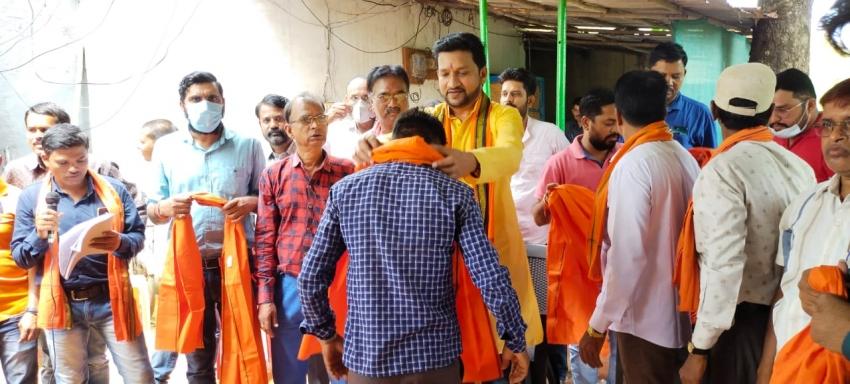 101 युवाओं ने विक्रांत के घर पहुंचकर किया भाजपा प्रवेश