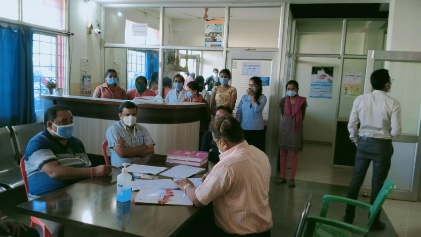बड़ा खुलासा: खैरागढ़ में हॉस्पिटल चलाने इस्तेमाल की रायगढ़ के MBBS डॉक्टर की डिग्री… पढ़िए डॉक्टर का जवाब