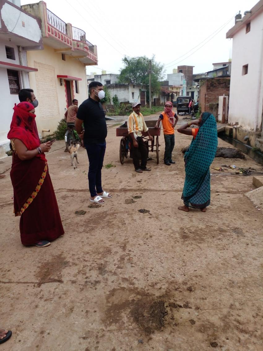 शहर के आंतरिक एवं बाह्य क्षेत्रों में सफाई व्यवस्था का आयुक्त ने किया आकस्मिक निरीक्षण
