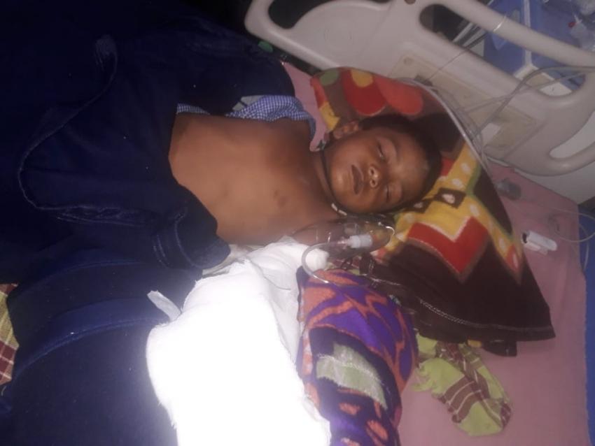 थ्रेसर से कटकर अलग हुआ 6 साल के बच्चे का पंजा, 8 डॉक्टरों की टीम ने रातभर के ऑपरेशन बाद जोड़ा