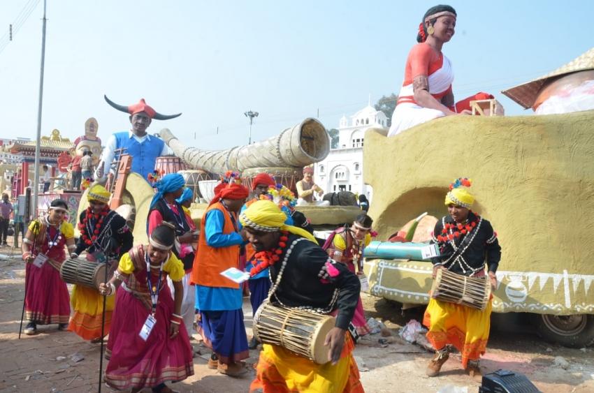 बांस बाजा, बाना और तंबूरा जैसे लोक वाद्य यंत्रों से सजेगी छतीसगढ़ की झांकी... राष्ट्रीय मीडिया की मिली सराहना